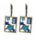 Langewerpige oorbellen met blauwe en heldere strass steentjes
