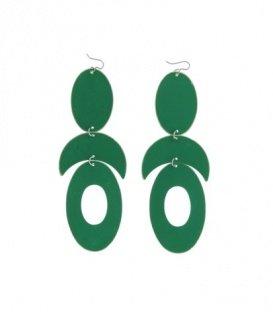 Groene oorbellen met leuke elementen