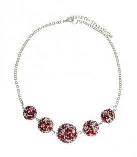 Rood gekleurde korte halsketting van 5 ballen met kleine kraaltjes
